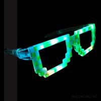 LED FLASHING GREEN/WHITE PIXEL GLASSES (1 PIECE)